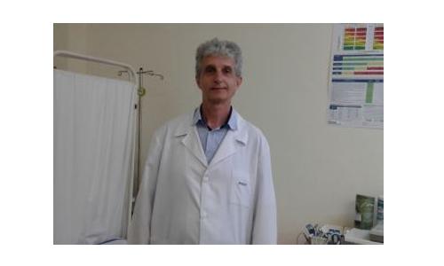 Д-р Мартин Лефтеров