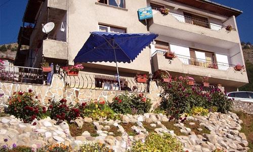 Къща Изгрев - Триград