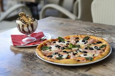 Пицария bar and food Малибу Сънсет